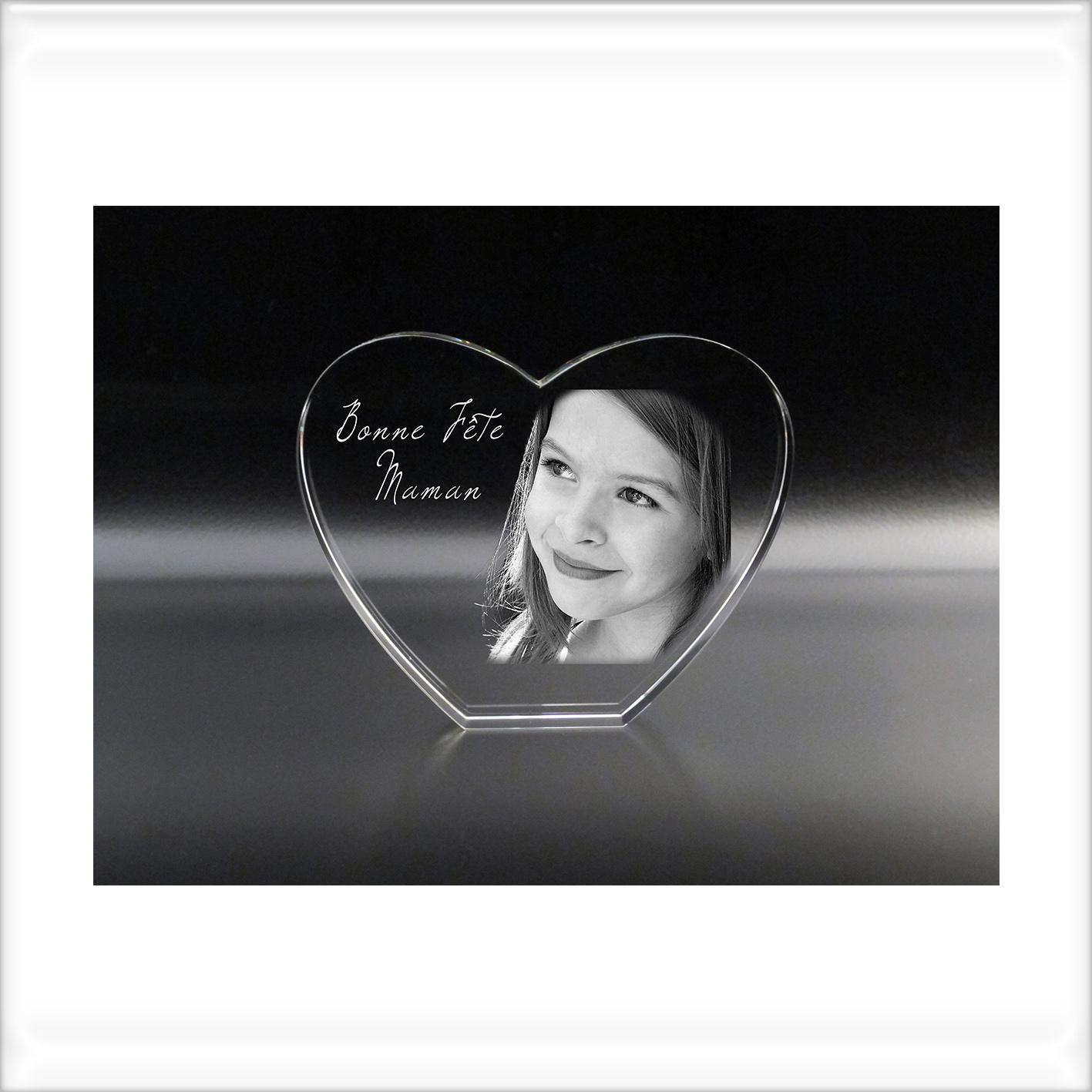 coeur personnalisé avec gravure portrait et texte dans le verre