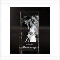 bloc de verre 3d gravée souvenir de mariage baptemes anniversaire avec photo